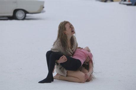 Between 2 fires (2011)