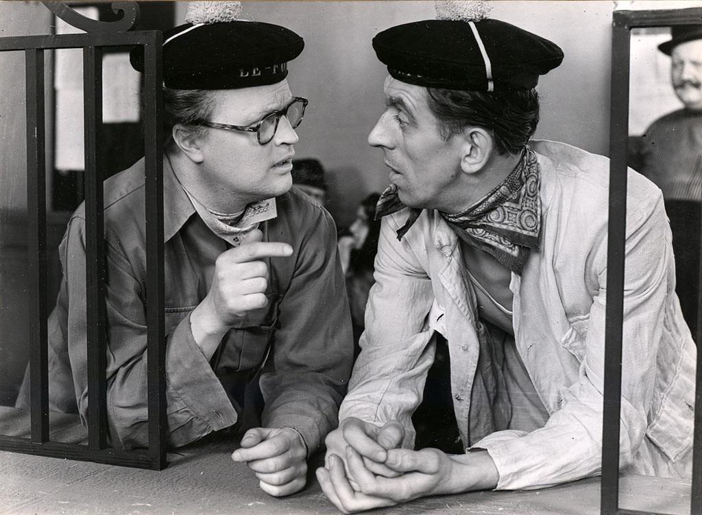 Povel Ramel och radarpartnern Martin Ljung i Hasse Ekman-regisserade Ratataa (1956)