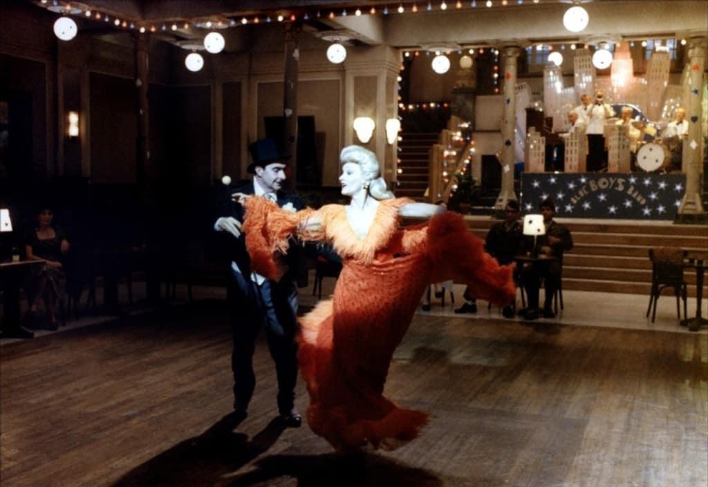 I afton dans (1983)