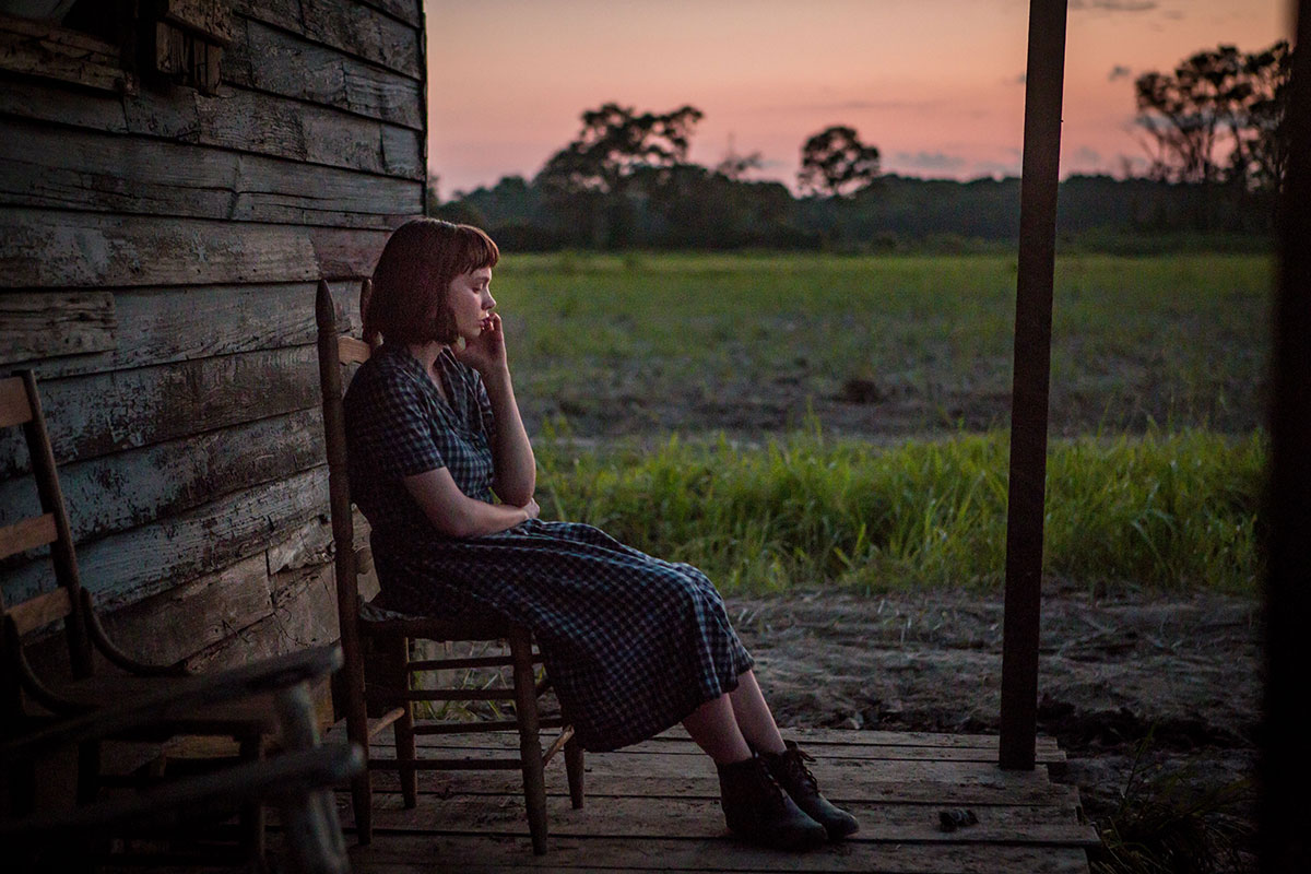 Carey Mulligan som Laura McAllan i Mudbound (Dee Rees, 2017).