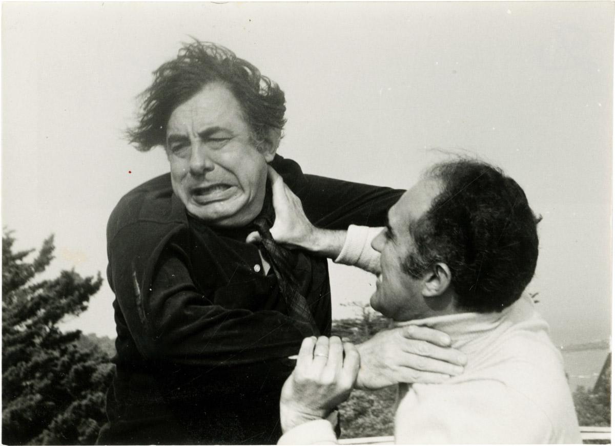Lucien Bodard och Michel Piccoli fajtas i Vardas Varelserna. Två svenska skådespelare fanns med i filmen: Eva Dahlbeck och Britta Pettersson.