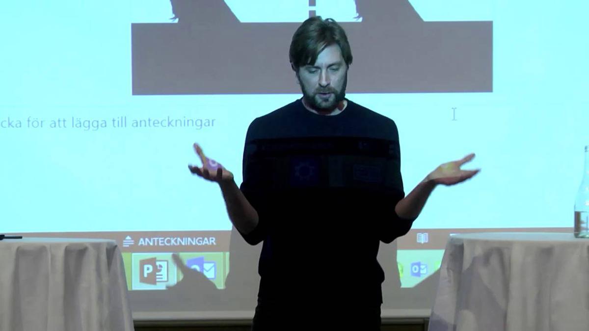 Föreläsaren Östlund.