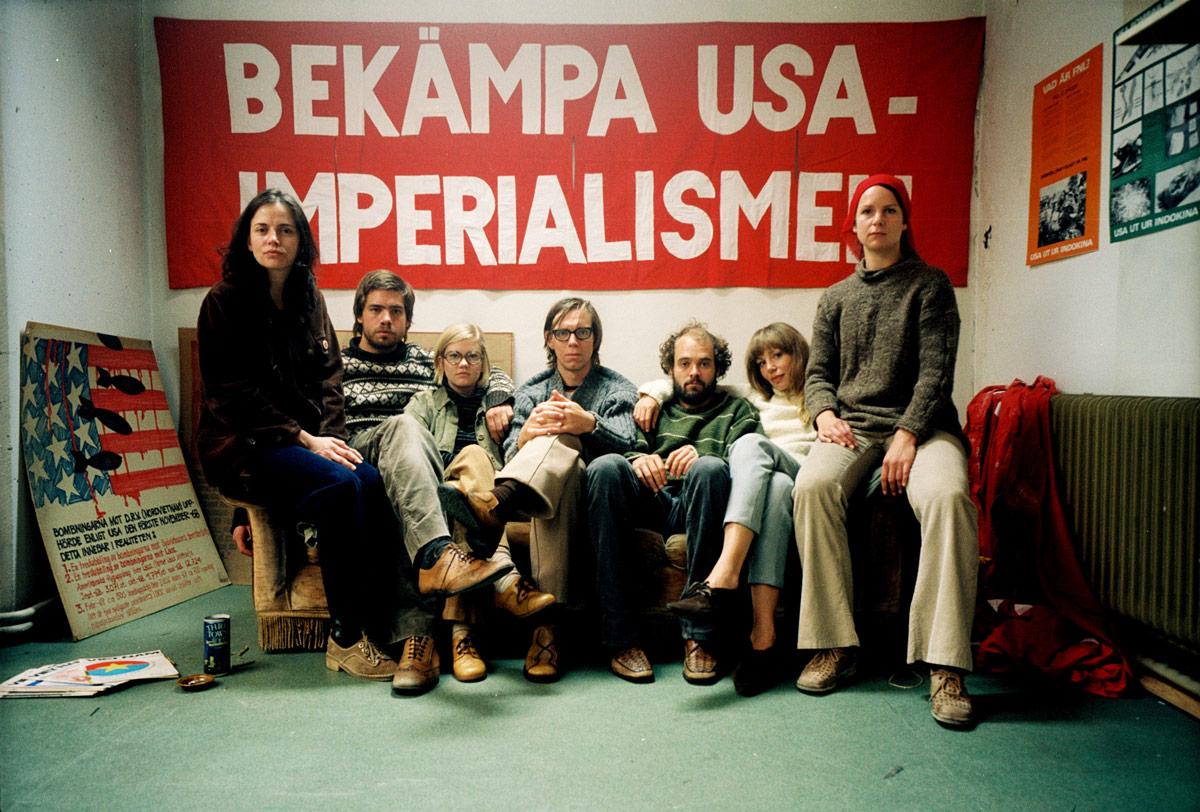 SVT-miniserien Upp till kamp från 2007. Med manus av Peter Birro och Mikael Marcimain som regissör.